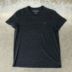 American Eagle Soft V Neck Athletic Fit T Shirt L
